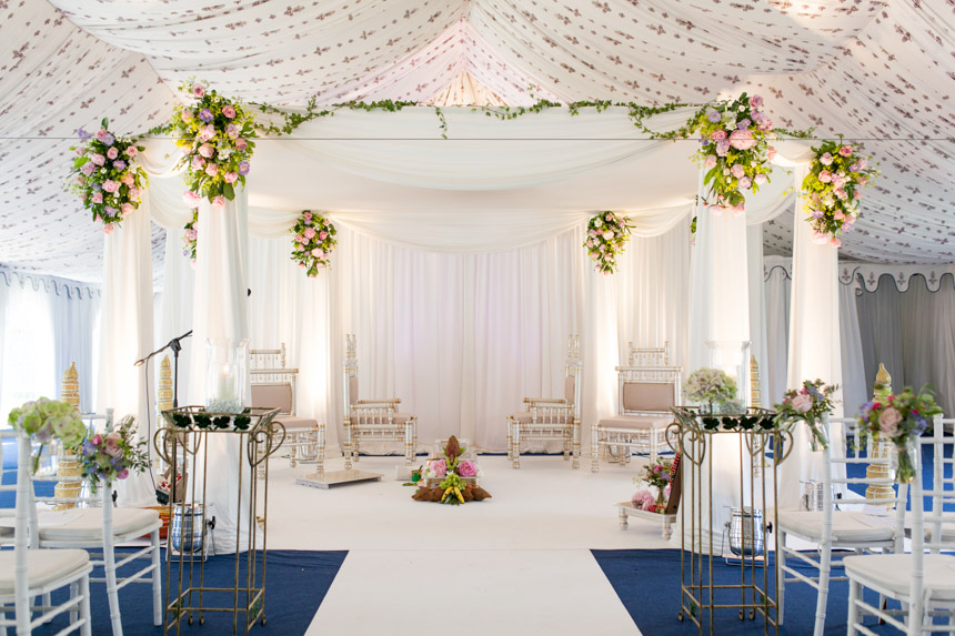 Poundon House wedding mandap